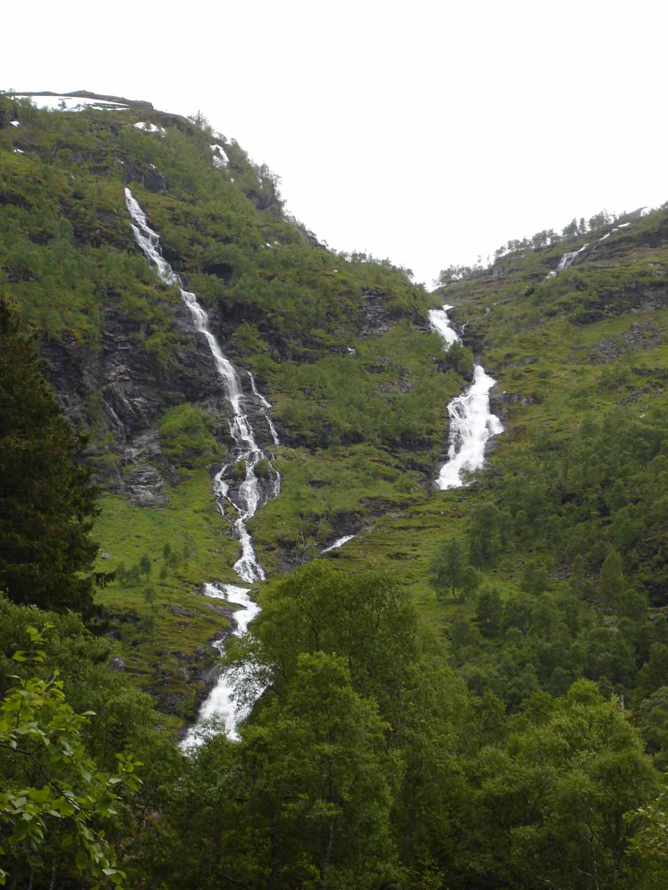 More waterfalls seen during our self-tour of Flamsdalen