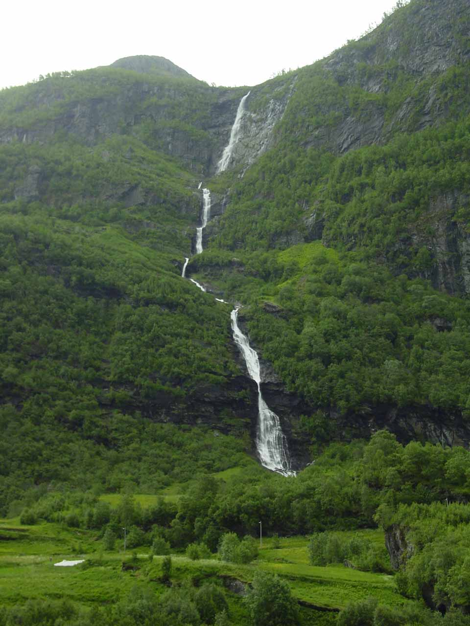 Another look at Tunnshellefossen, but this time it was from the road