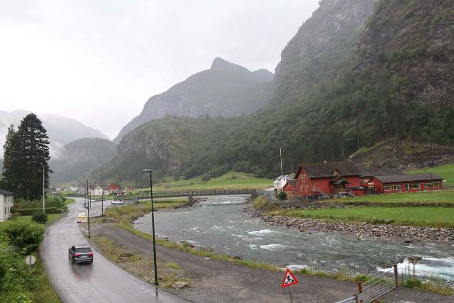 Flam_Railway_176_07222019 - Context of the Flåmsdalsvegen (Fv245) alongside the Flåmselvi, which was the road leading deeper into the valley