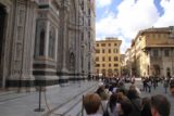 Florence_205_20130526 - Now the line was hugging the marbled steps of the Duomo