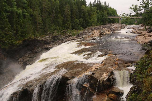 Formofossen_014_07102019 - Looking upstream from the brink of Formossen towards some smaller upper cascades as seen in July 2019