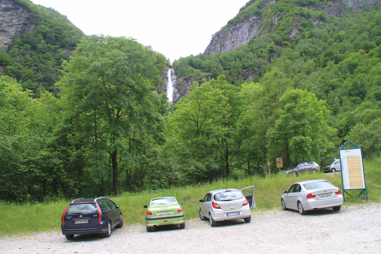 The public car park and waterfall by the hamlet of Foroglio