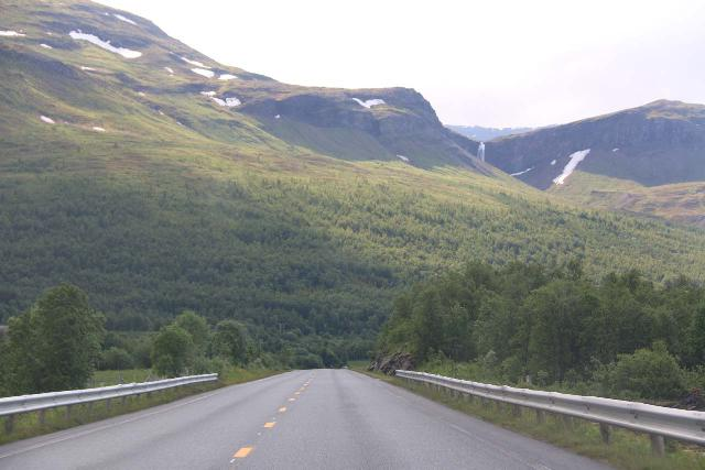 Fosselvfossen_002_07072019 - Getting closer to Fosselvfossen as we were heading west on the E6