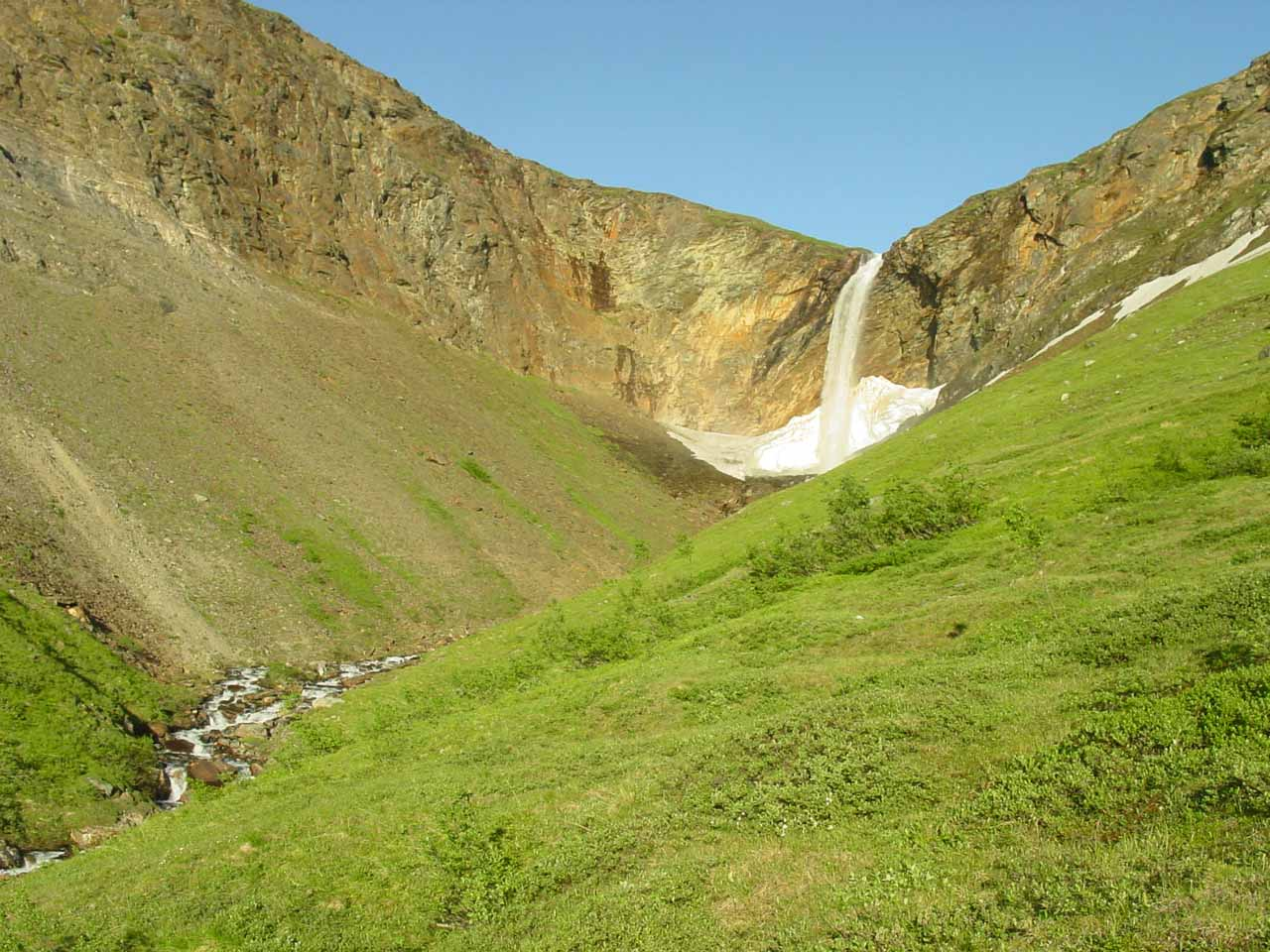 As I got closer to Fosselvfossen, the terrain got steeper and it now didn't seem as obvious to get to the base of the falls