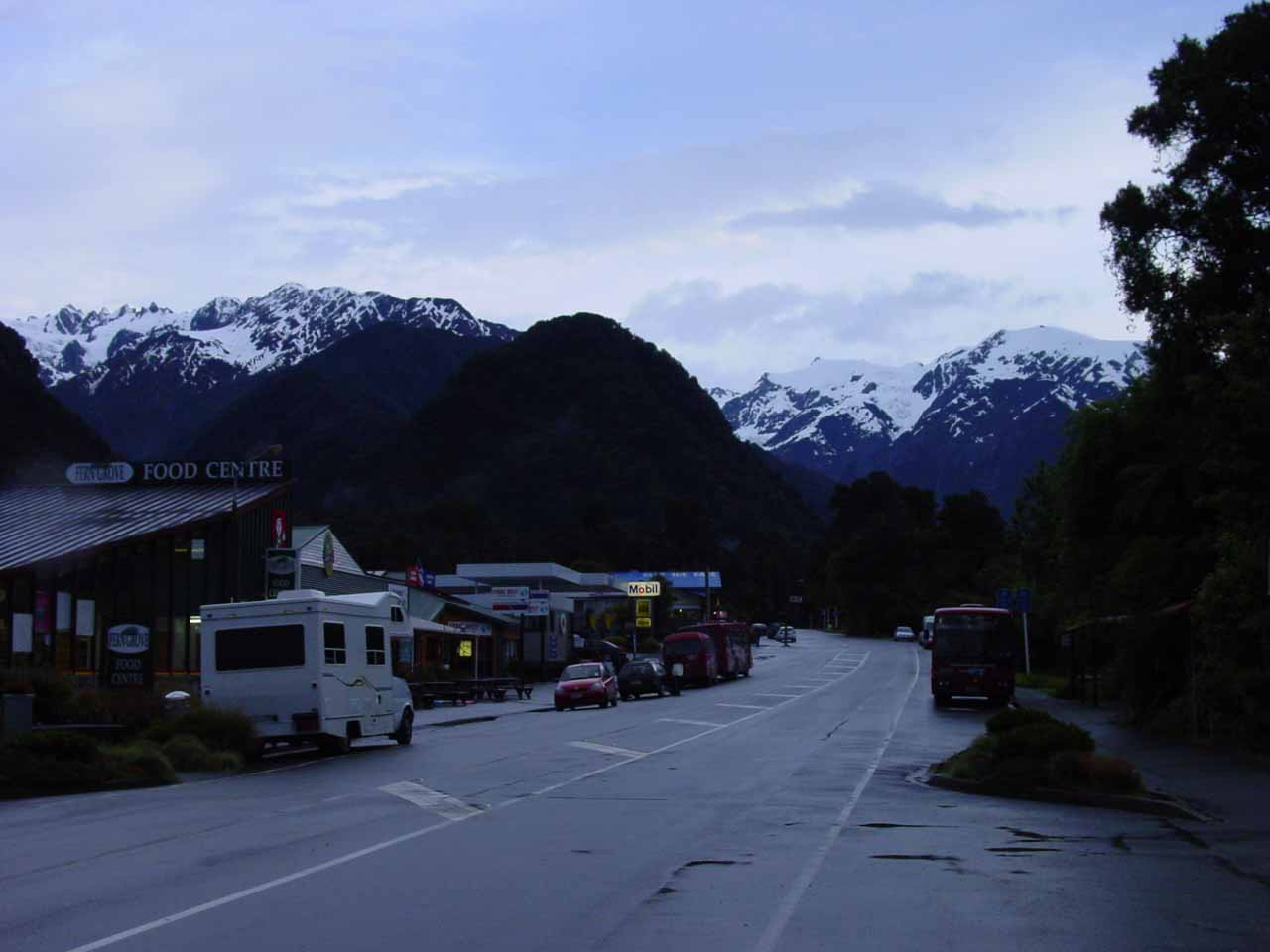 In the Franz Josef Village with the mountain tops finally starting to become visible
