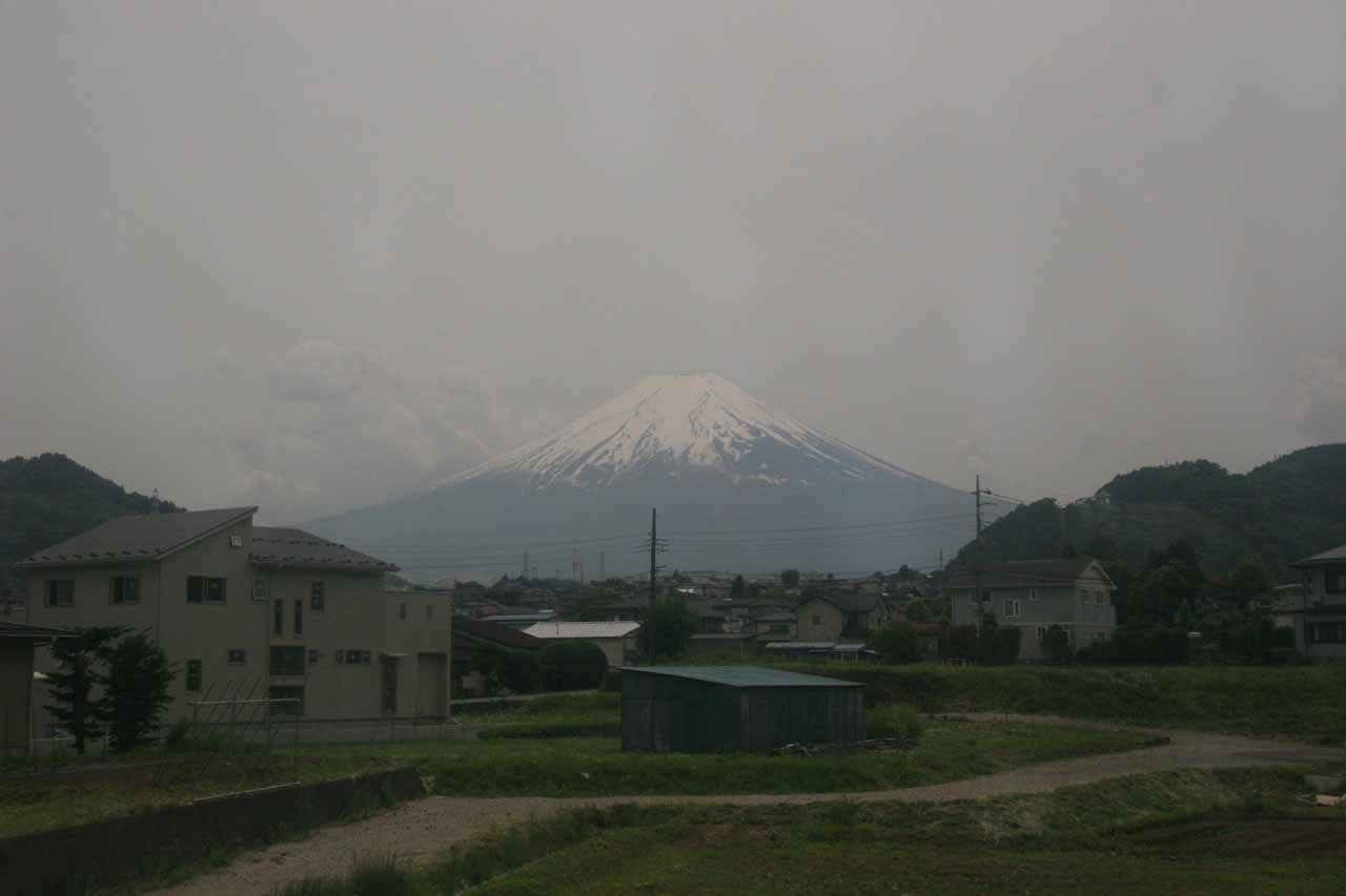 Another look at Fuji from the train