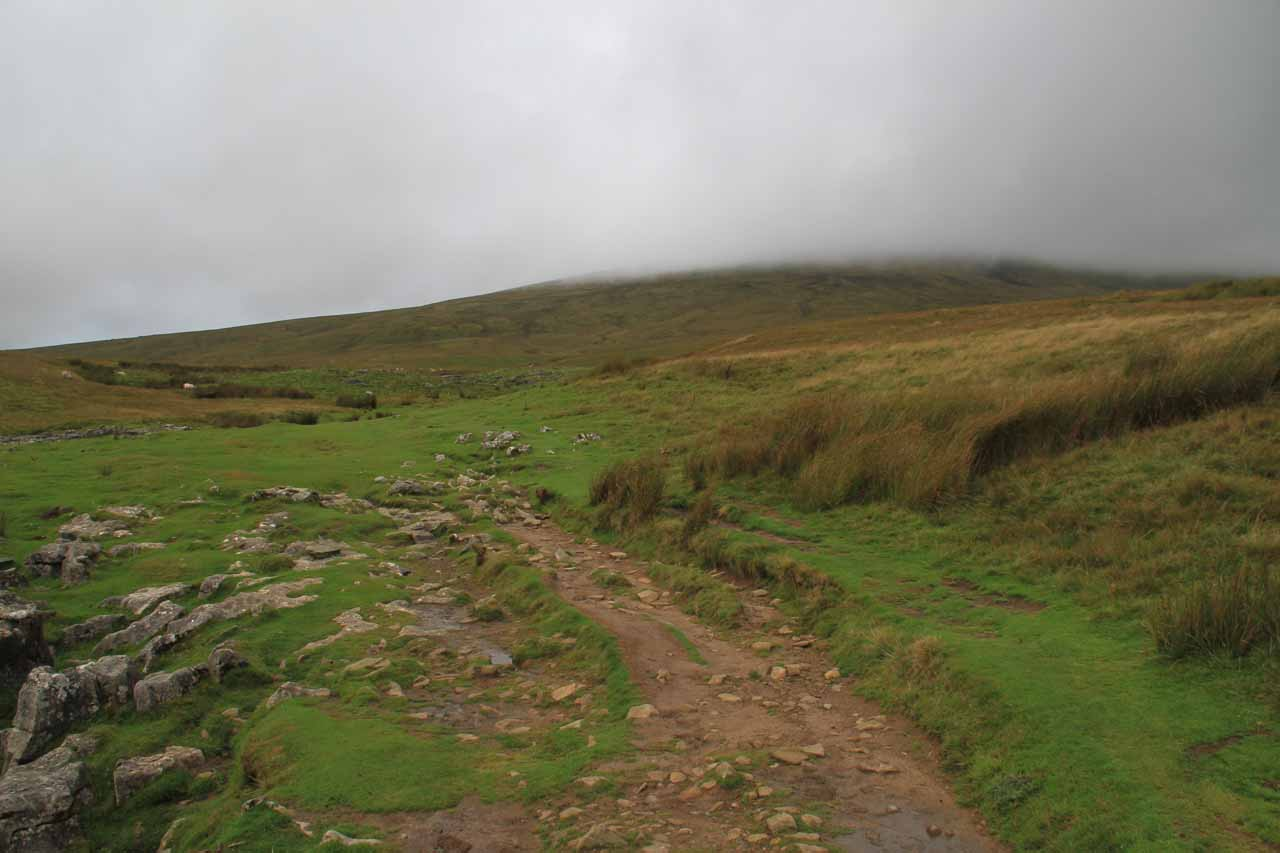 Threatening clouds in the vinicity as I was hiking through the moors