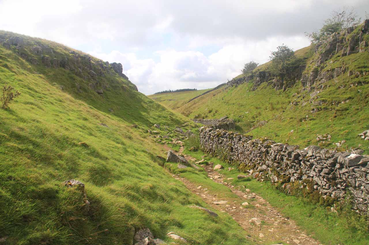 Following the sheep walls as I was descending from the moors under some surprisingly benign weather