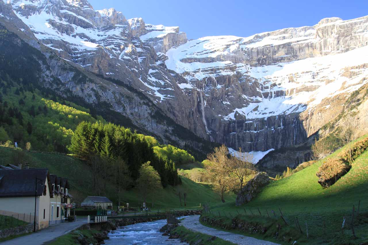 Following the Gavarnie Stream up to the cirque