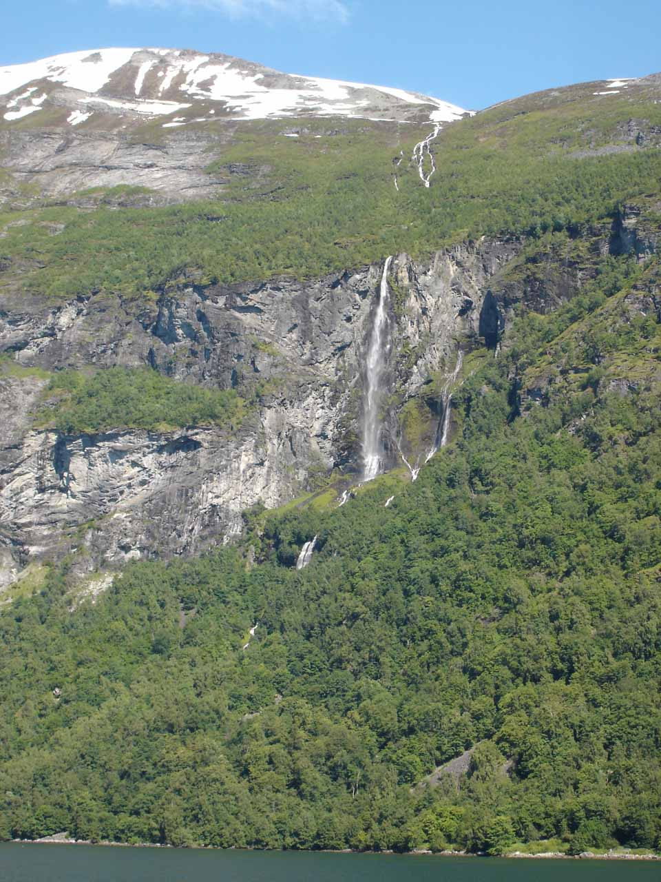 This thin-flowing waterfall was Gjerdefossen, which was the first of the named waterfalls we saw on the Geirangerfjord Cruise
