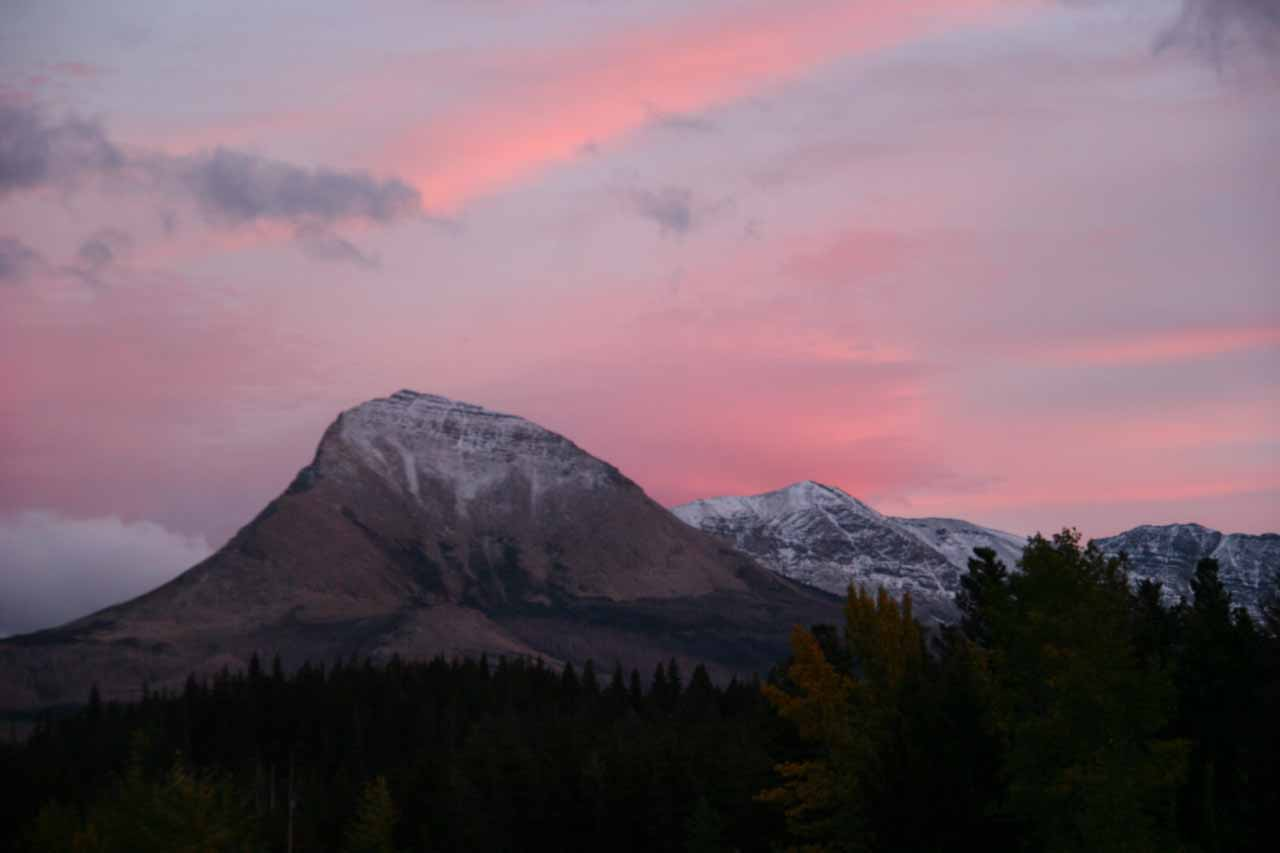 We lodged somewhere near the turnoff for the St Mary Lake Visitor Center.  The advantage of this was not only location, but we also got lucky with glorious sunsets like this one