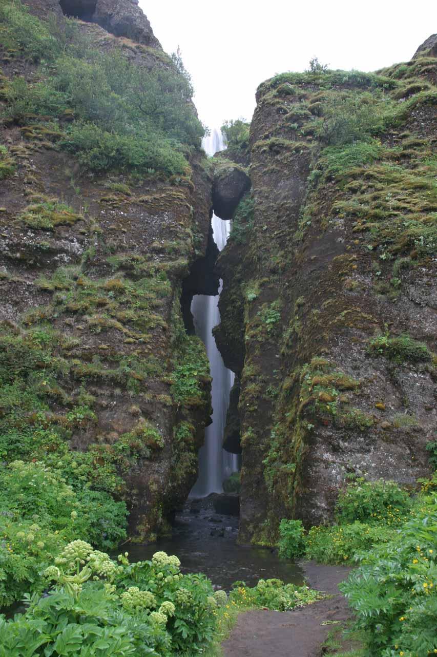 At the entrance to the base of Gljúfurárfoss