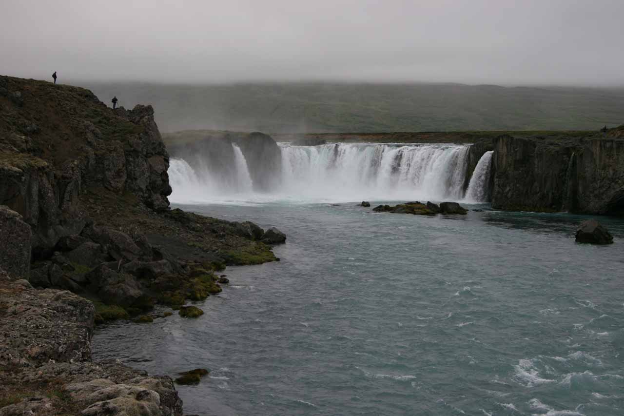 Approaching the bottom of Goðafoss