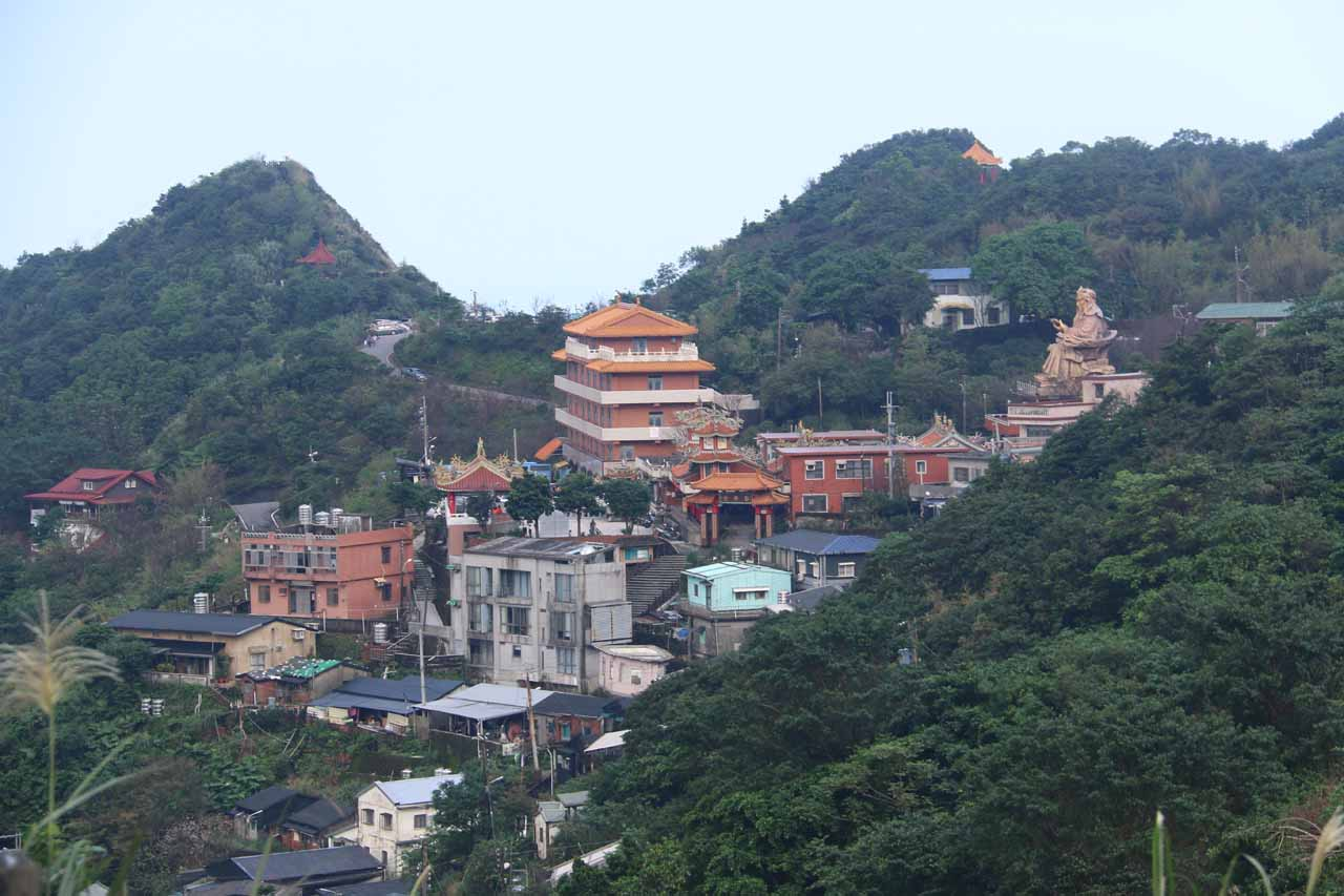 Further south along the coast southeast of Keelung was Jinguashi and Jiufen, which were historical towns where gold then coal were extracted for the Japanese