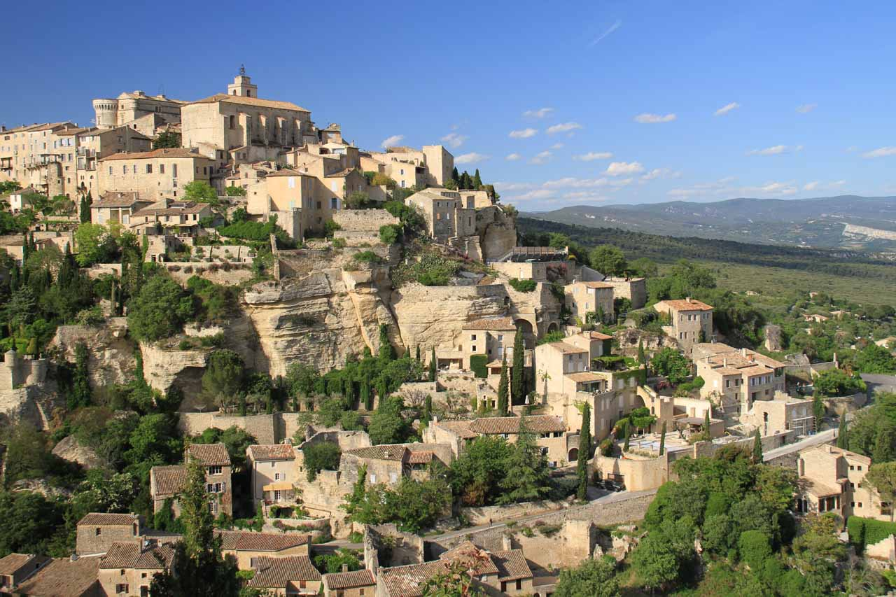 Julie and I had based ourselves near the charming town of Gordes in the heart of Provence, but it was still reasonable to drive out to Nice and the Cascade de Courmes as part of a long day trip