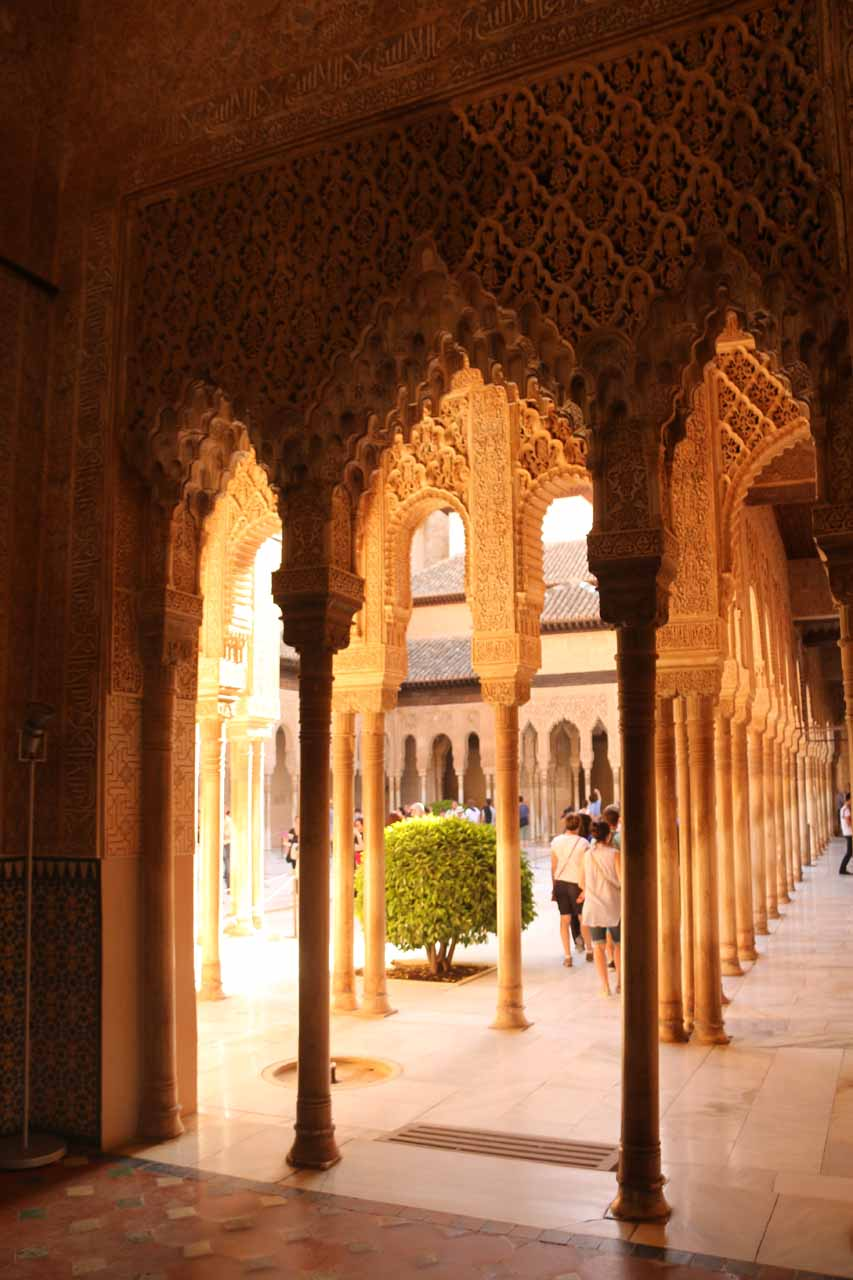 Another look at just how many of these columns there were surrounding the Patio de los Leones
