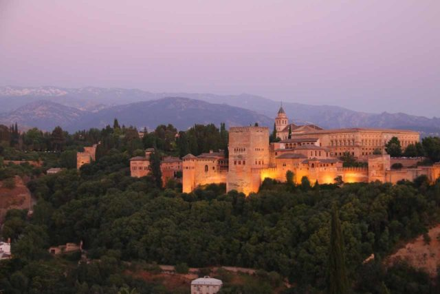 Granada_448_05272015 - Twilight view of the Alhambra at the Mirador de San Nicolas in Granada