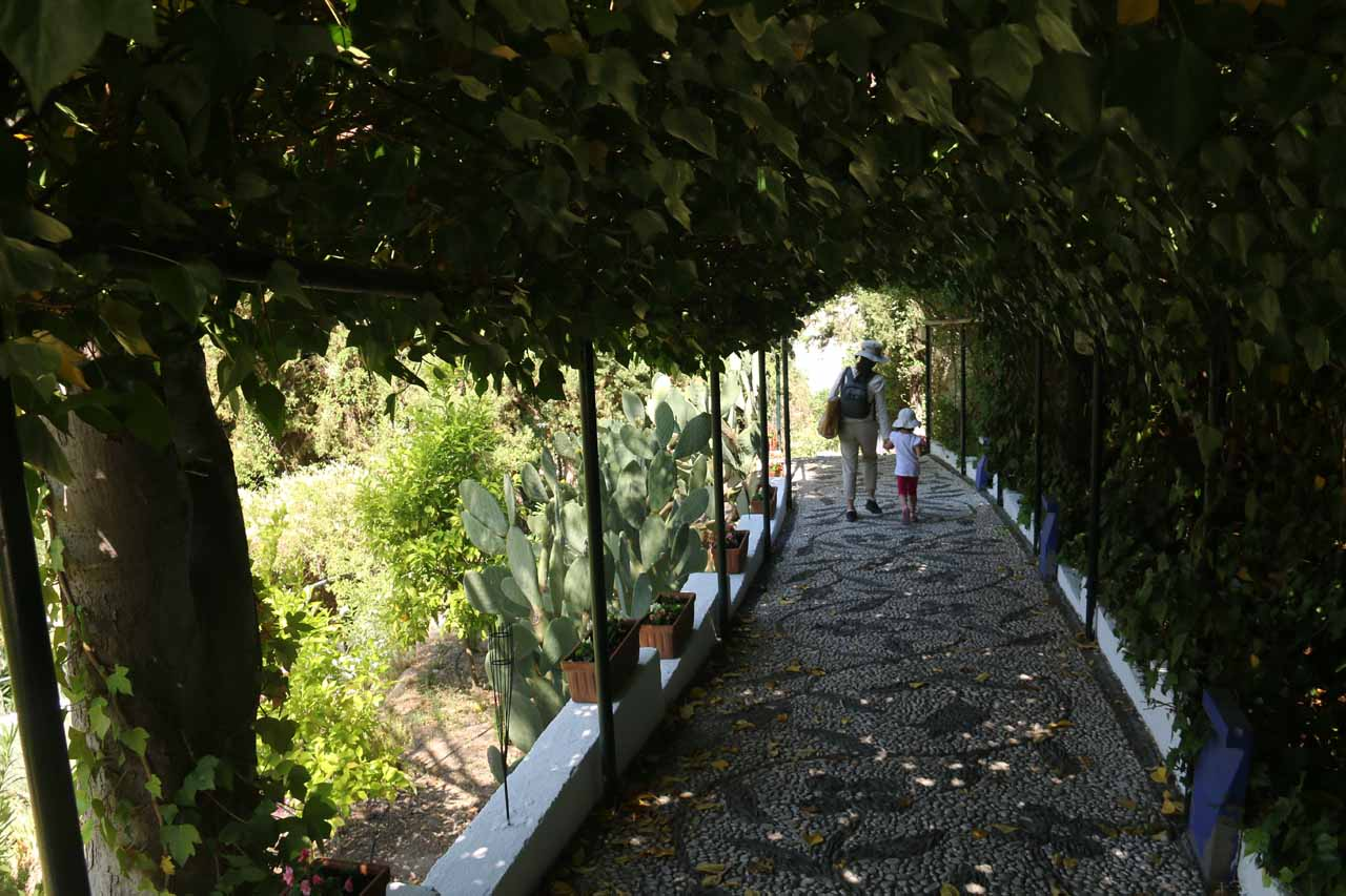Heading back down to the main area of Sacromonte
