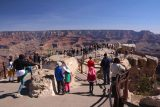 Grand_Canyon_18_049_03302018 - A lot of people crowding the protruding lookouts at Mather Point