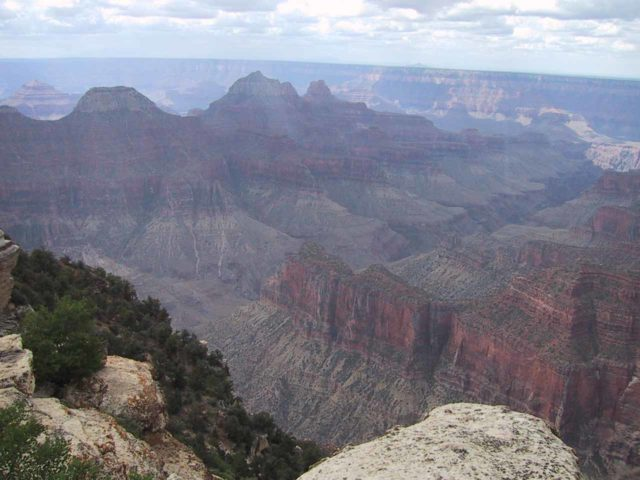 Grand_Canyon_North_Rim_002_06252001