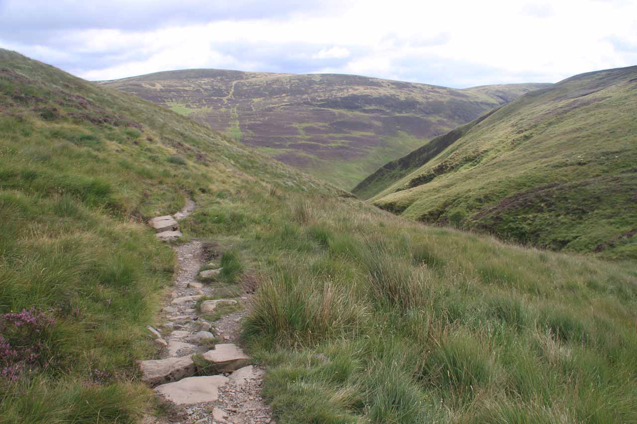 Re-entering the gorge containing Gray Mare's Tail