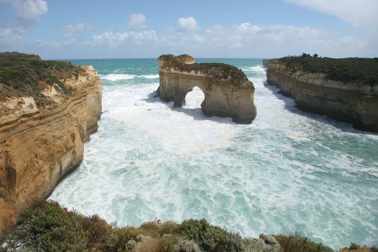 Around 3km east of the Twelve Apostles was the Loch Ard Gorge, which was another dramatic section of the Great Ocean Road. The Island Arch shown here collapsed in 2009