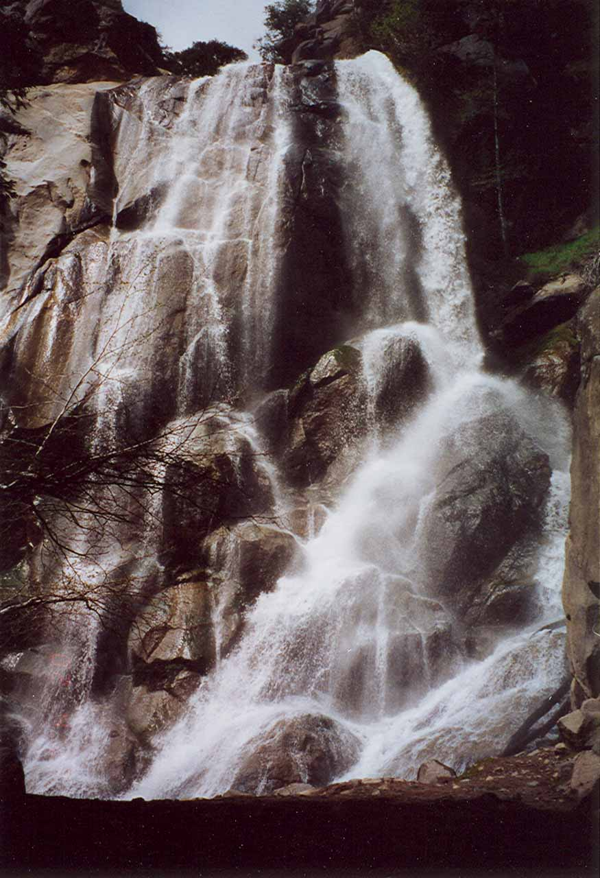 Old school frontal photograph of Grizzly Falls in seemingly average flow in 2002