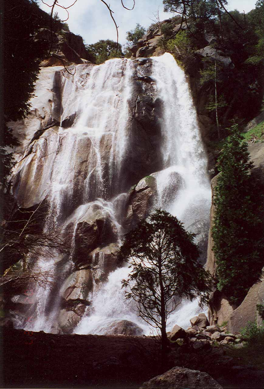 Grizzly Falls in moderate flow in April 2002