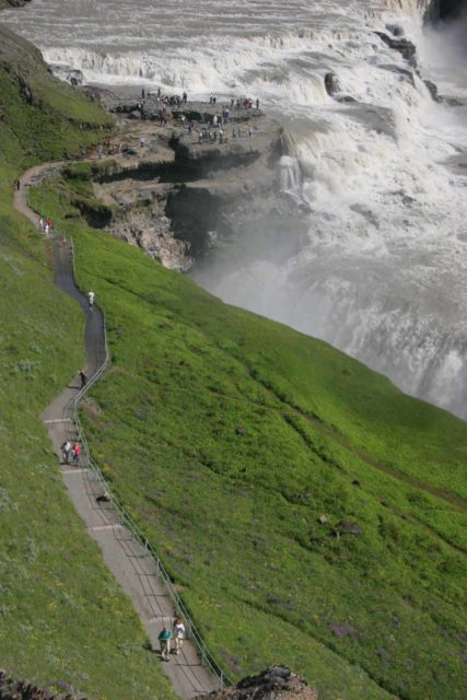Gullfoss_208_07092007 - Context of the walking trail and the Gullfoss waterfall itself