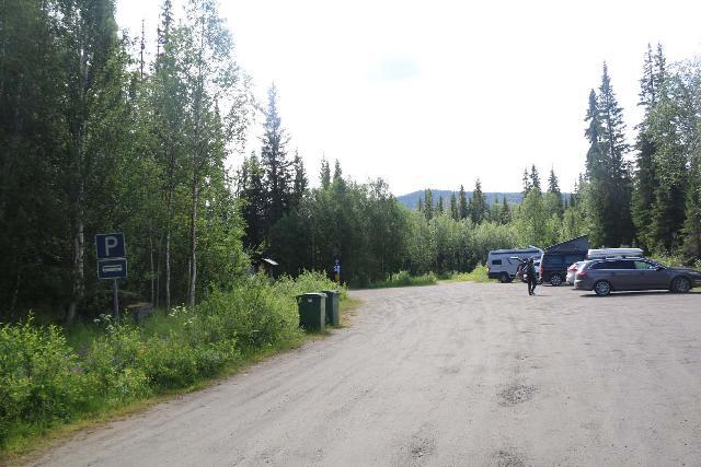 Hallingsafallet_005_07112019 - The car park for Hällingsåfallet