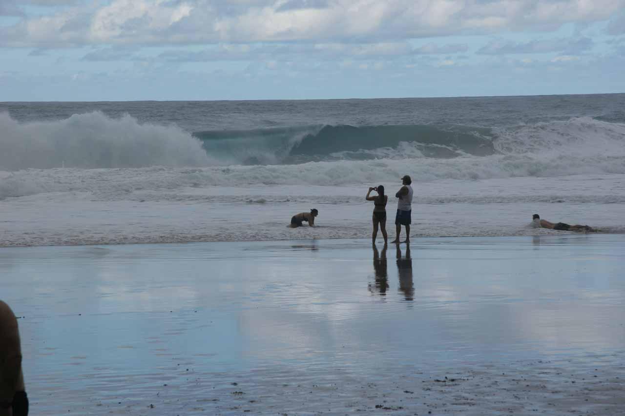Waves breaking at Hanakapi'ai Beach