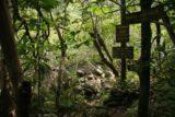 Hanakapiai_Falls_008_12242006 - Signs pointing the way