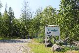 Handolsforsen_013_07122019 - Approaching a sign of the hydro facility that undoubtedly has an impact on Handolsforsen