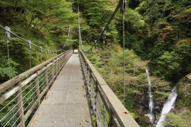 Harafudo_Falls_107_10222016 - Context of the last suspension bridge and the bottom tier of the Harafudo Waterfall