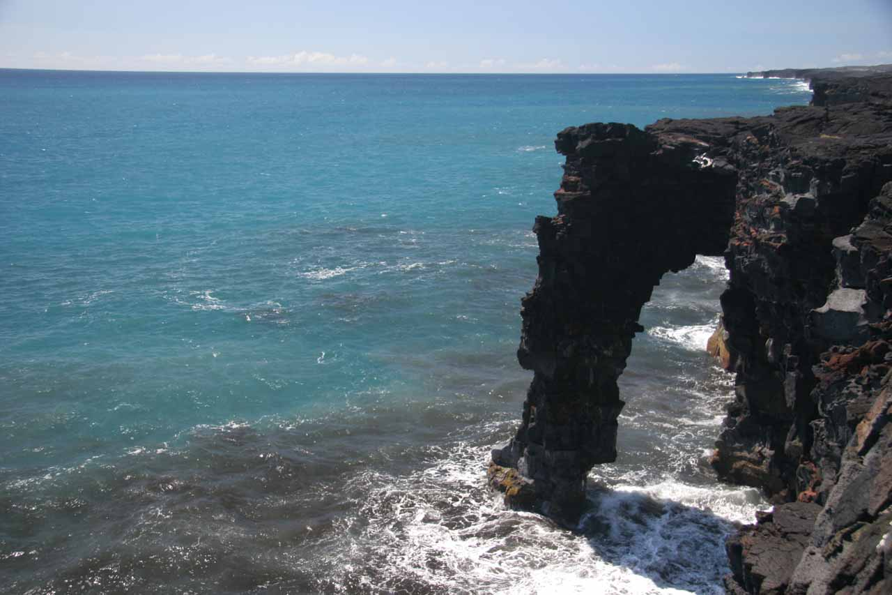 Further to the south along the southeastern shores of Big Island is Hawaii Volcanoes National Park, which features not only flowing lava and craters, but also the Holei Sea Arch