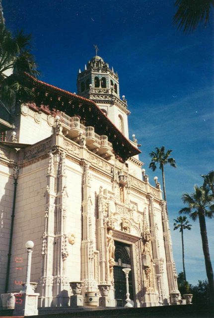 Hearst_Castle_001_scanned_03302001 - Just between San Simeon and the Ragged Point section of the Big Sur Coast (just north of San Luis Obispo) was Hearst Castle