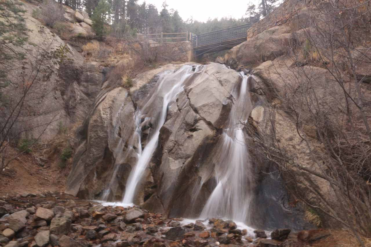 Contextual view of the front of Helen Hunt Falls with bridge above it