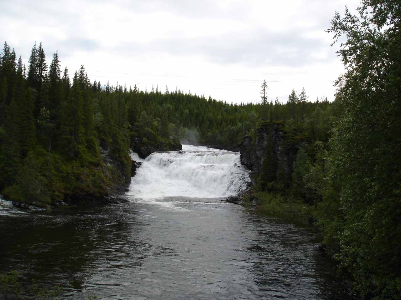 Looking upstream from the road bridge just 660m from the Road 705 where we caught a glimpse of this waterfall called Kvernfossen