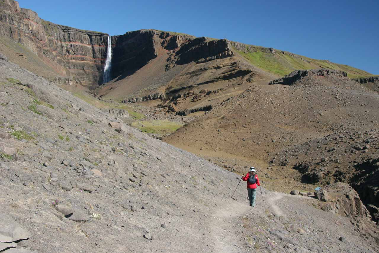 Hengifoss getting closer but exposure to dropoffs more persistent now