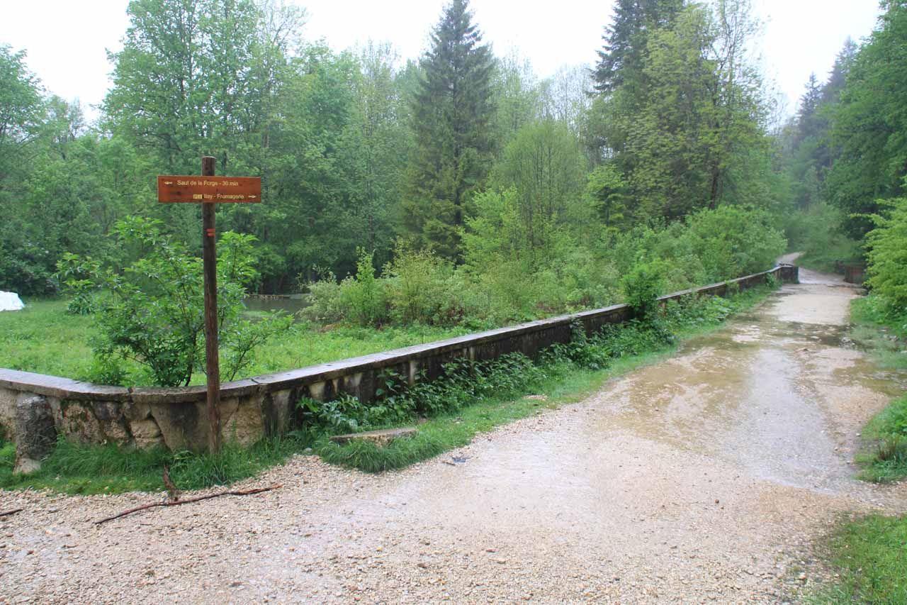Bridge at a trail junction near Saut Girard