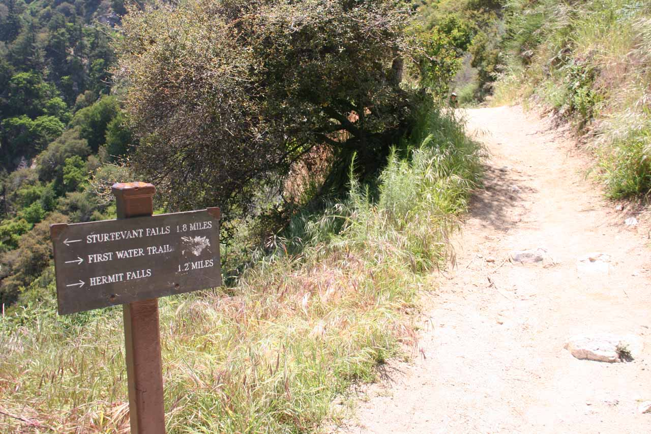 The sign at the spur trail headed to Hermit Falls