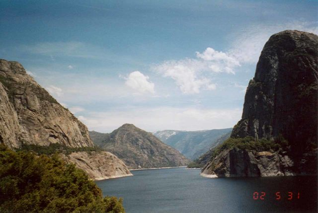 Hetch_Hetchy_004_scanned_05312002