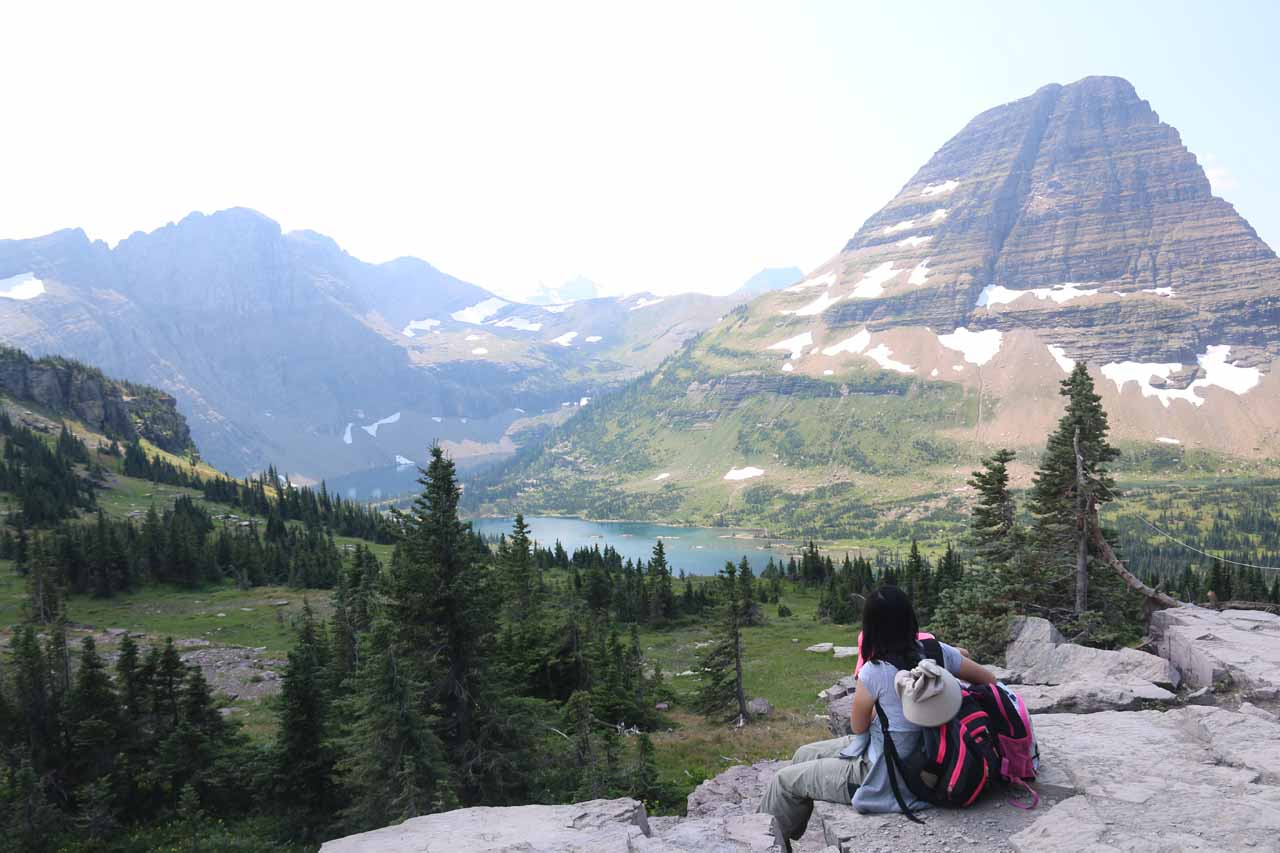 We found a less busier spot to have our picnic lunch while enjoying the views of Hidden Lake