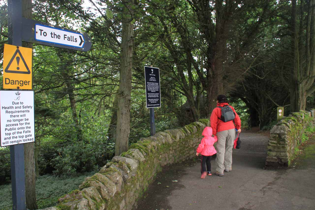 Julie and Tahia about to start on the short walk down to High Force