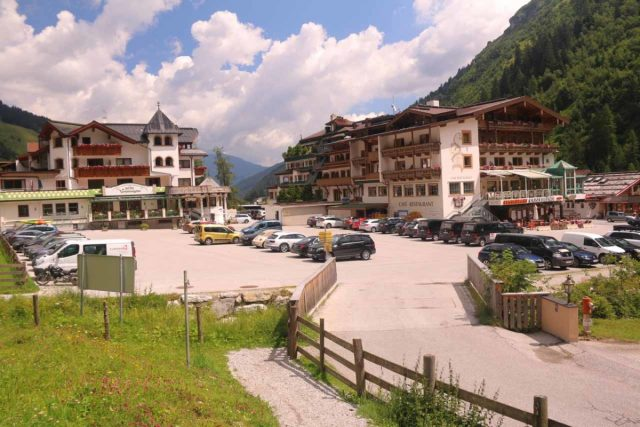 Hintertux_021_07182018 - Looking back at the innermost of the car parks from the start of the Wasserfallweg near the Hotel Rinderhof