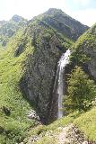 Hintertux_310_07182018 - Context of the Schleierfall and the connecting trail leading up to the upper trail with a top down look at the falls