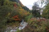Hirayu_Falls_042_10192016 - Looking downstream towards the shuttle dropoff area and the lookout over there as the Otakigawa flowed towards them