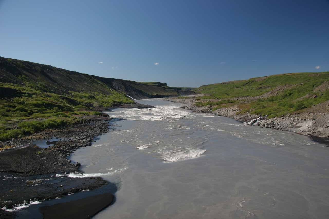 On a good weather day, this was what the Jökulsá á Fjöllum River looked like as we peered in the direction of Holmafossar