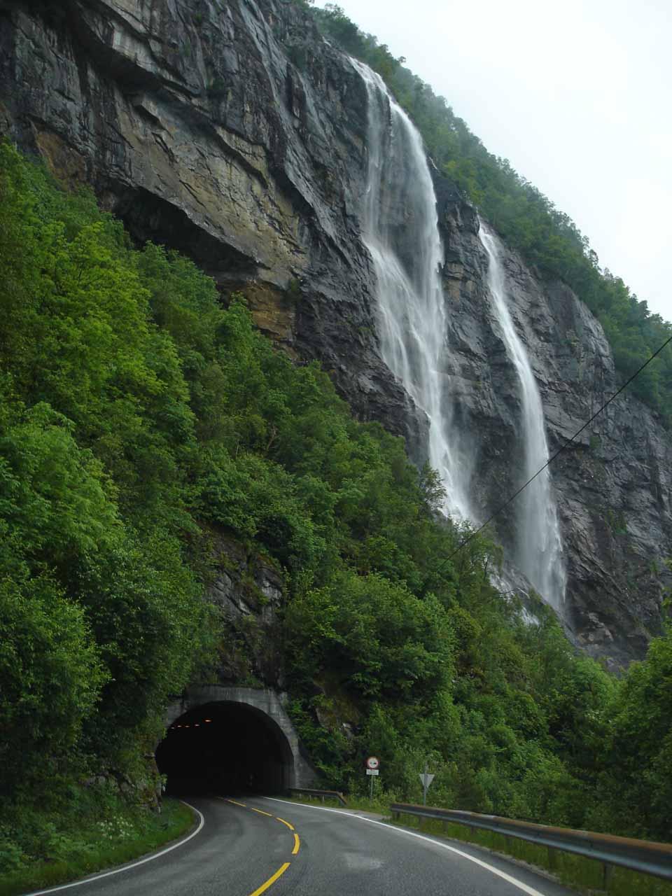 Hongavikfossen tumbling right beside the tunnel aptly named Hongavikfosstunnelen