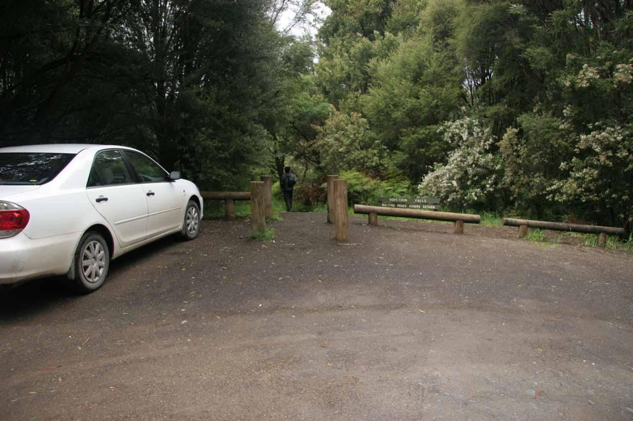 The parking bay for Hopetoun Falls